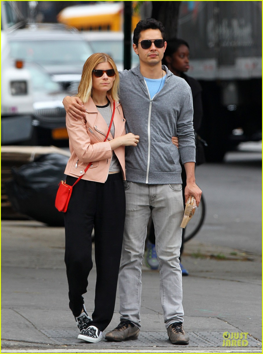 kate mara max minghella cute couple in nyc 12