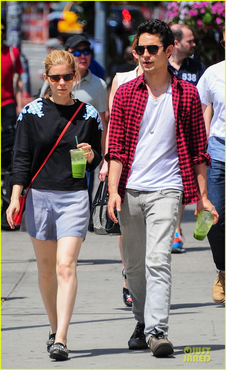 kate mara max minghella cant get enough of each other 073131095