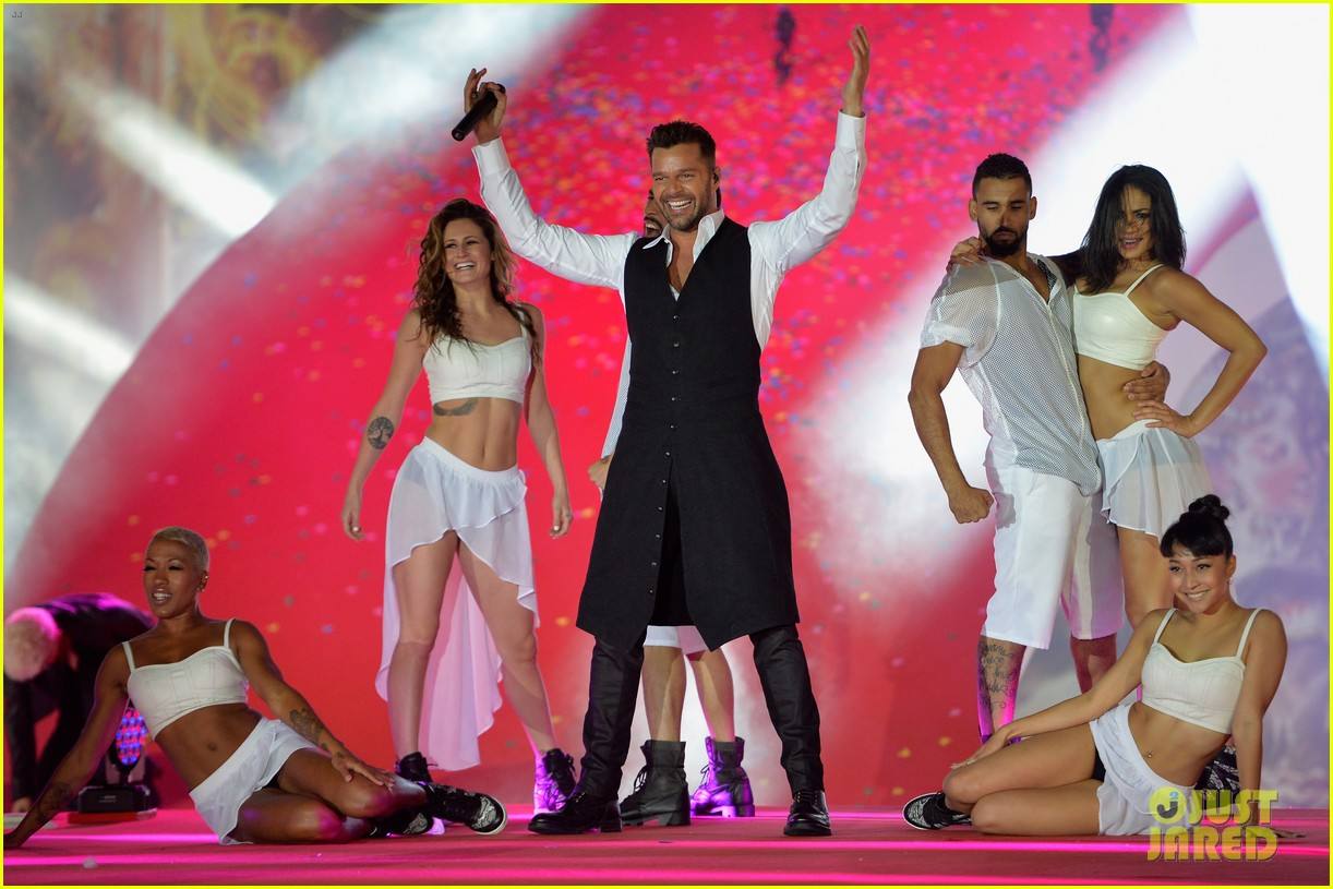 ricky martin christina perri perform at the life ball 043125659