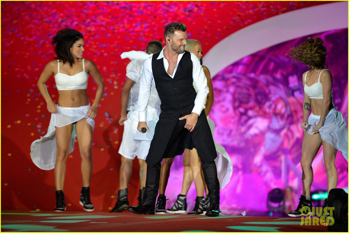 ricky martin christina perri perform at the life ball 193125674