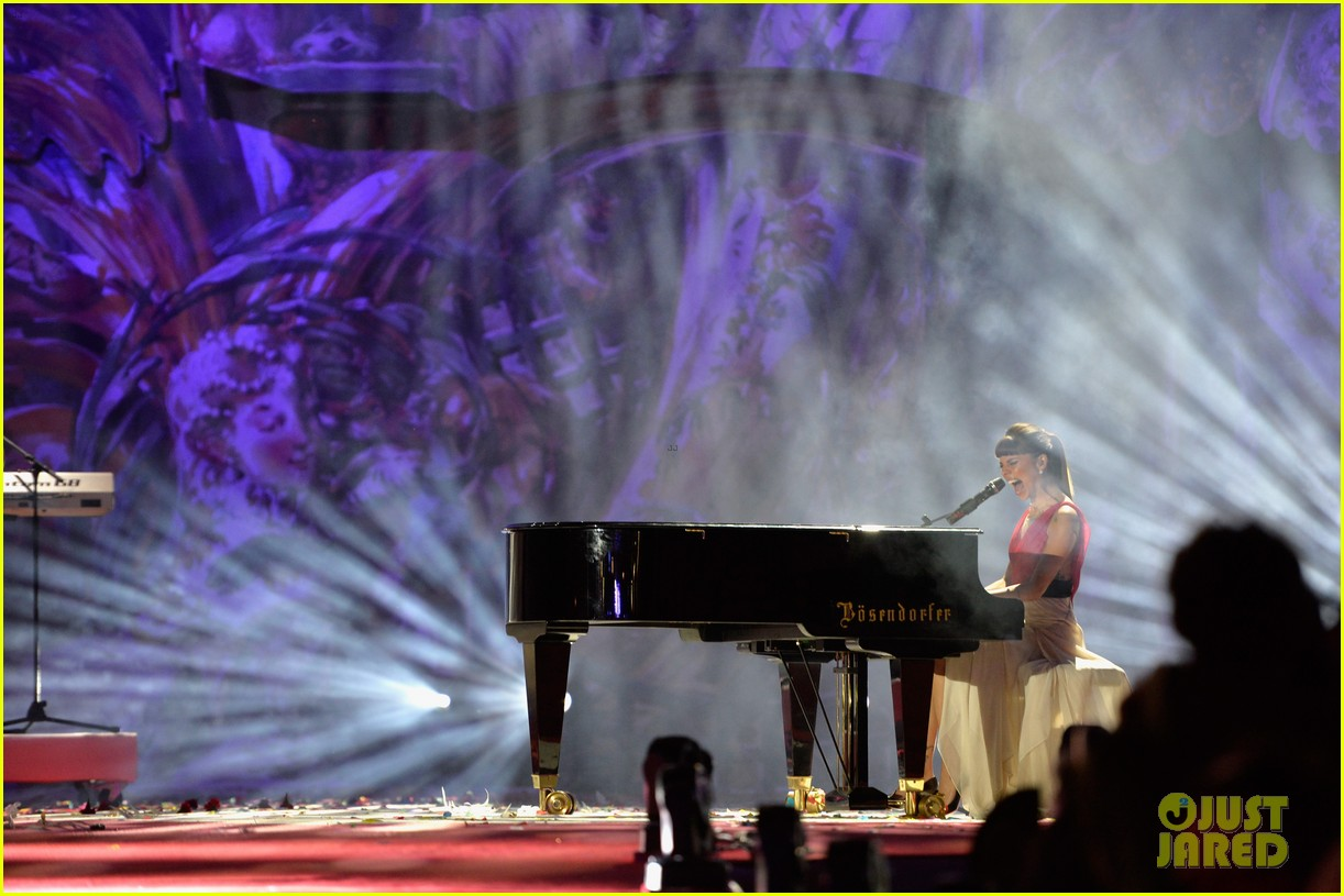 ricky martin christina perri perform at the life ball 25