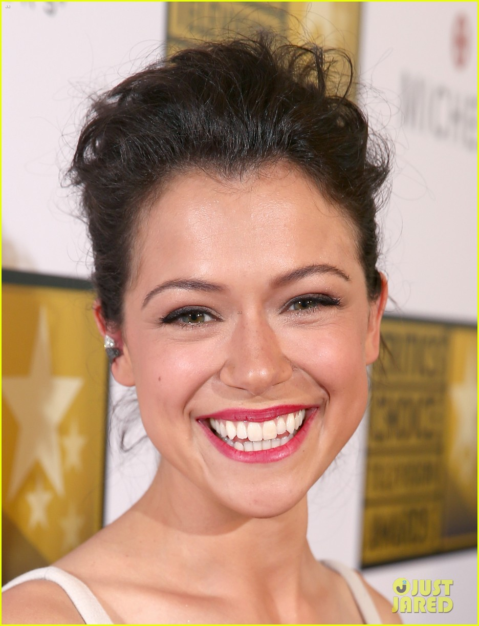 tatiana maslany michelle monaghan critics choice tv awards 2014 06