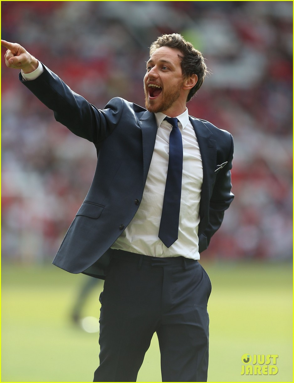 james mcavoy jeremy renner help tackle child poverty at soccer aid 2014 12
