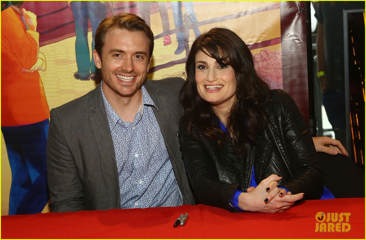 idina menzel debuts new bangs at if then cd signing 05