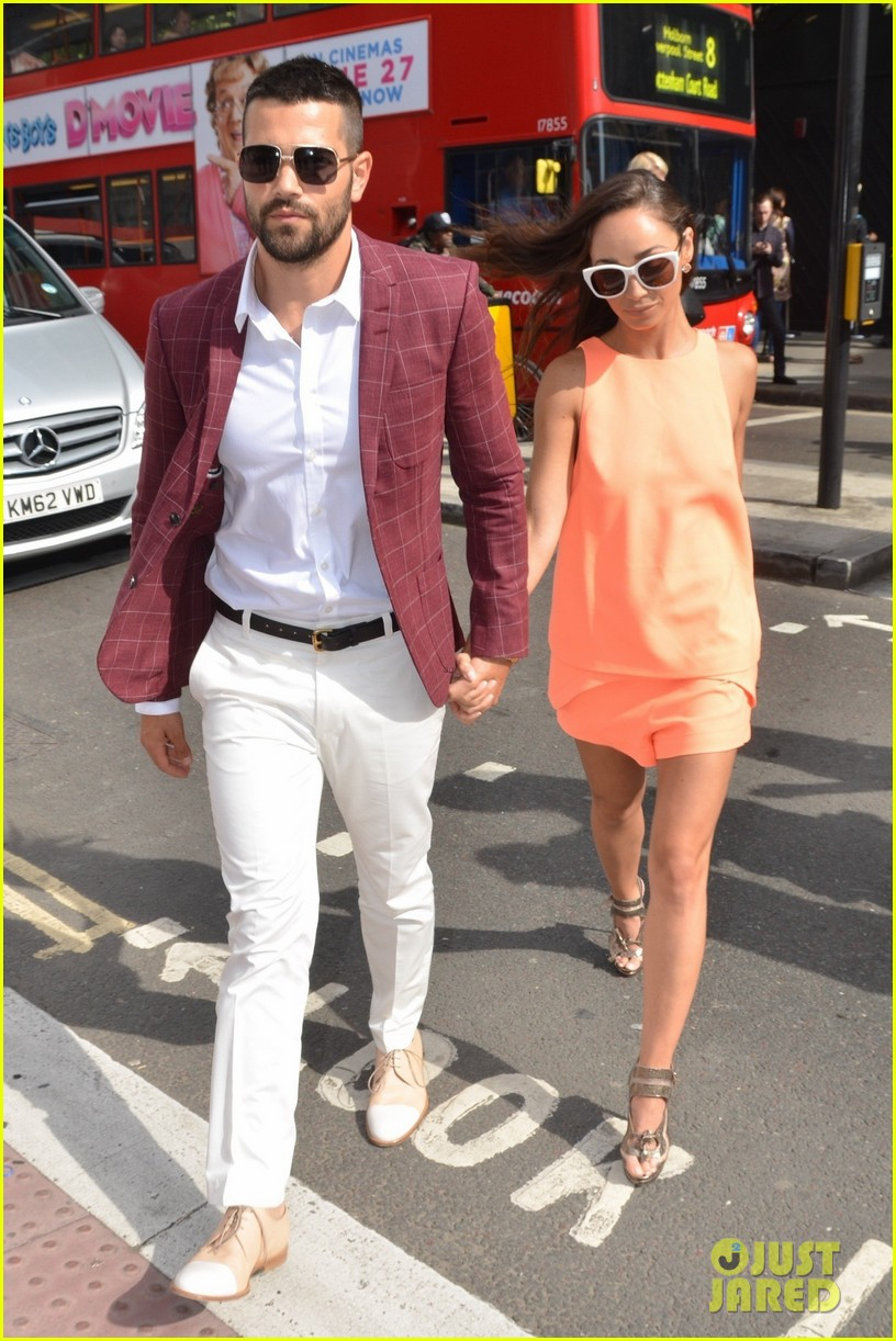 jesse metcalfe cara santana fashionable duo for london mens fashion week 07