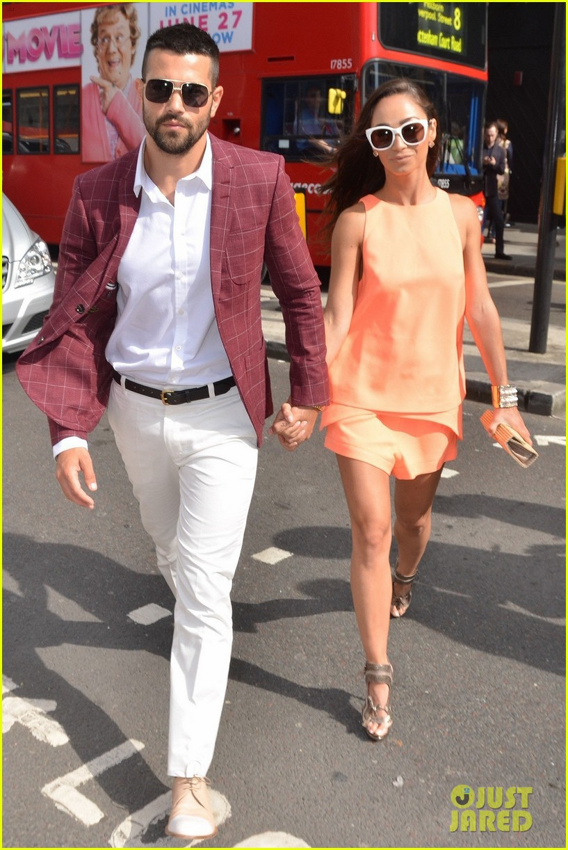 jesse metcalfe cara santana fashionable duo for london mens fashion week 08
