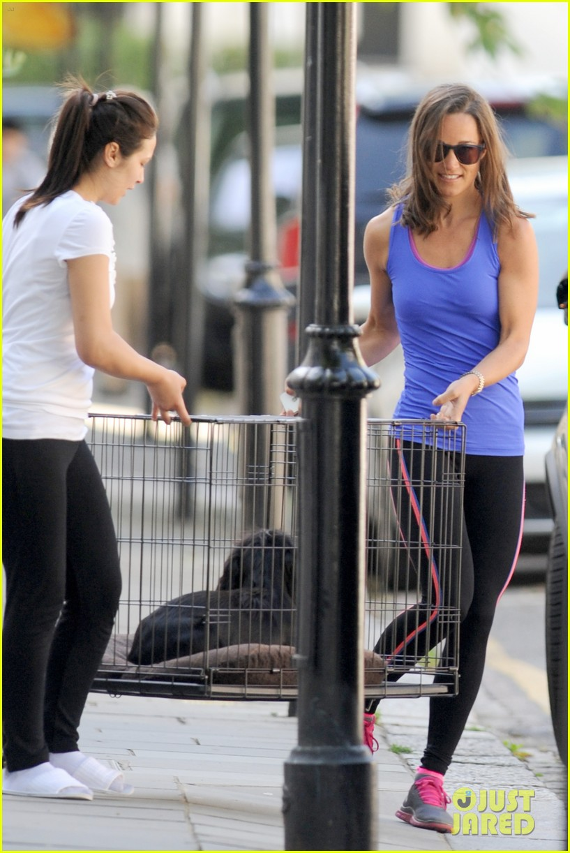 pippa middleton has a royal dog day afternoon with lupo 033133398