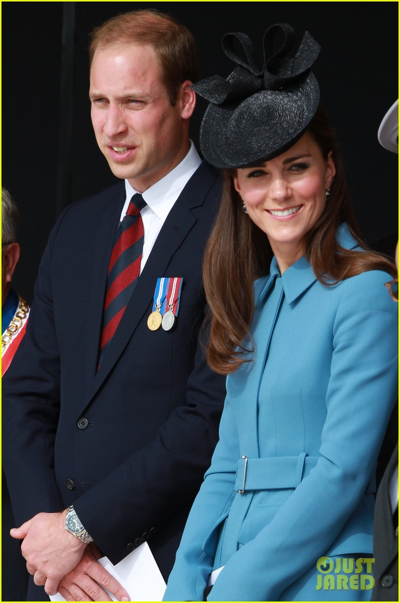 kate middleton prince william pay respects at d day 70th anniversary 06