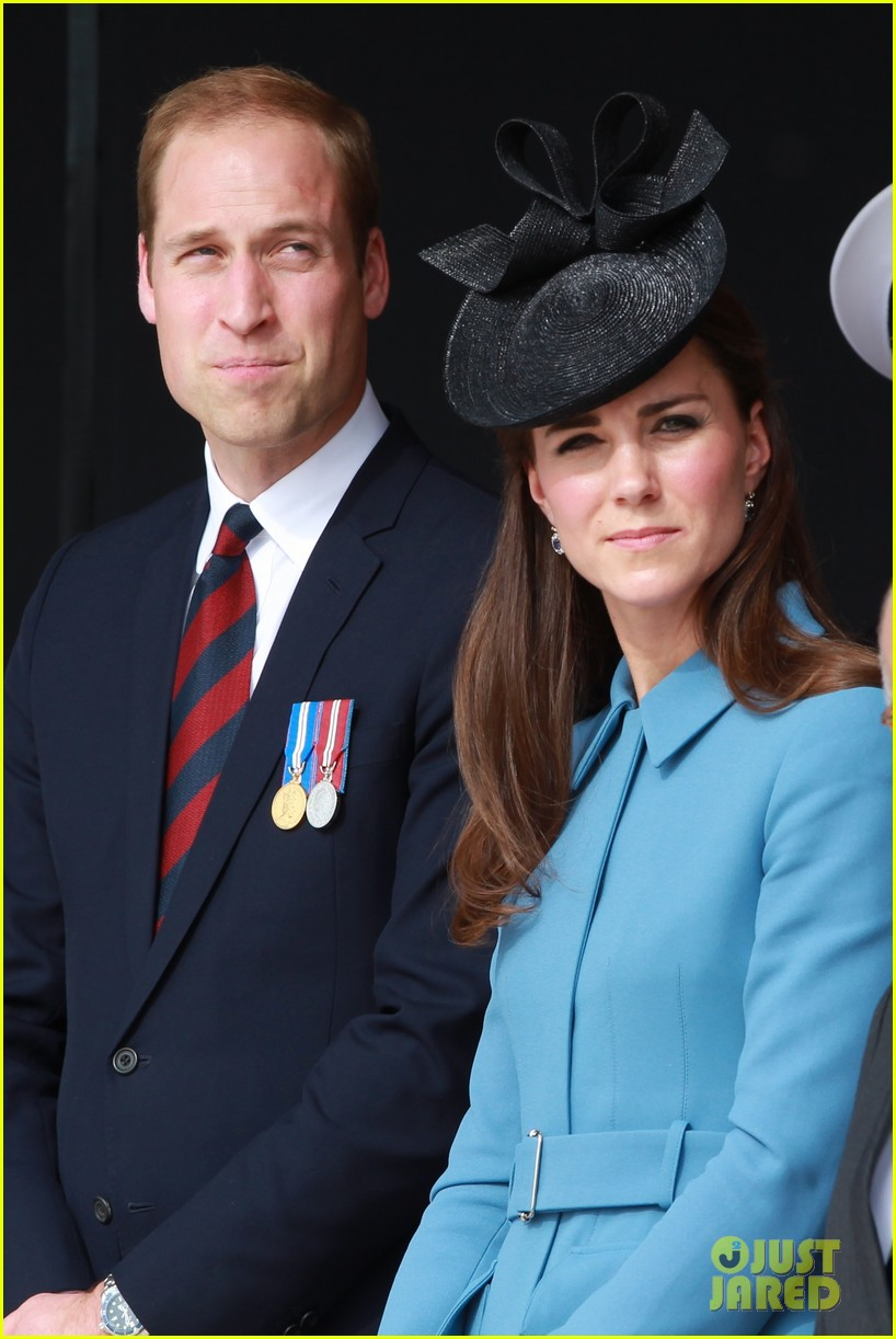 kate middleton prince william pay respects at d day 70th anniversary 07