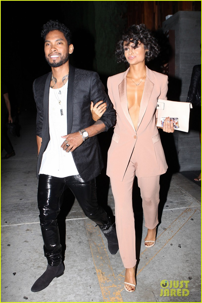 miguel girlfriend nazanin mandi stakes claim to his crotch 01