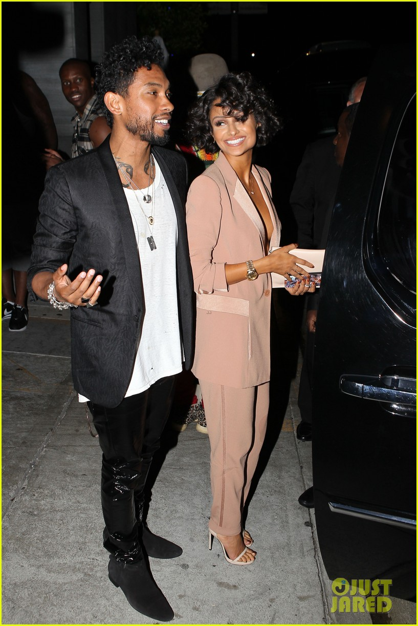 miguel girlfriend nazanin mandi stakes claim to his crotch 163147050