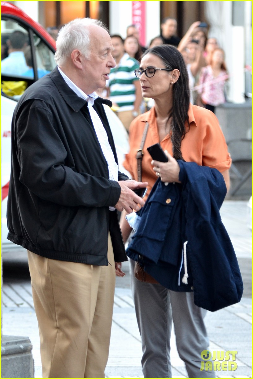 demi moore gets back to the grind begins filming wild oats 10