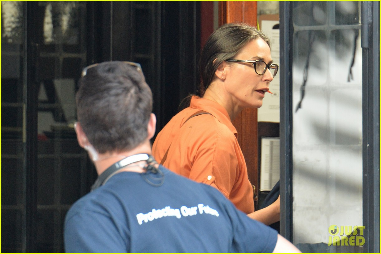 demi moore gets back to the grind begins filming wild oats 133141664