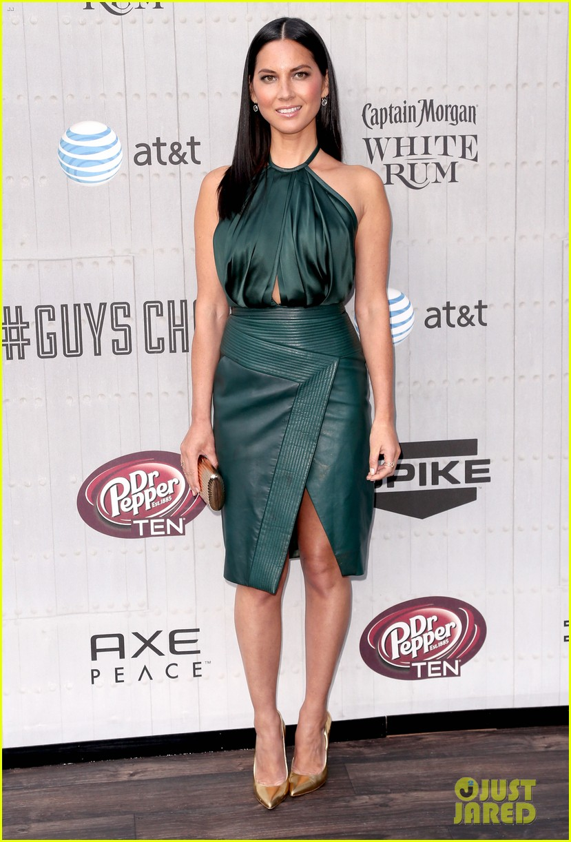olivia munn rosario dawson guys choice awards 2014 01
