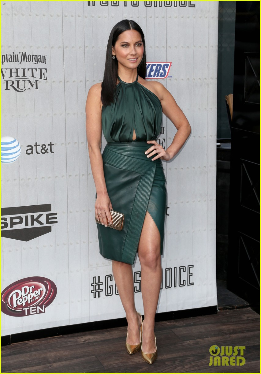 olivia munn rosario dawson guys choice awards 2014 063130691