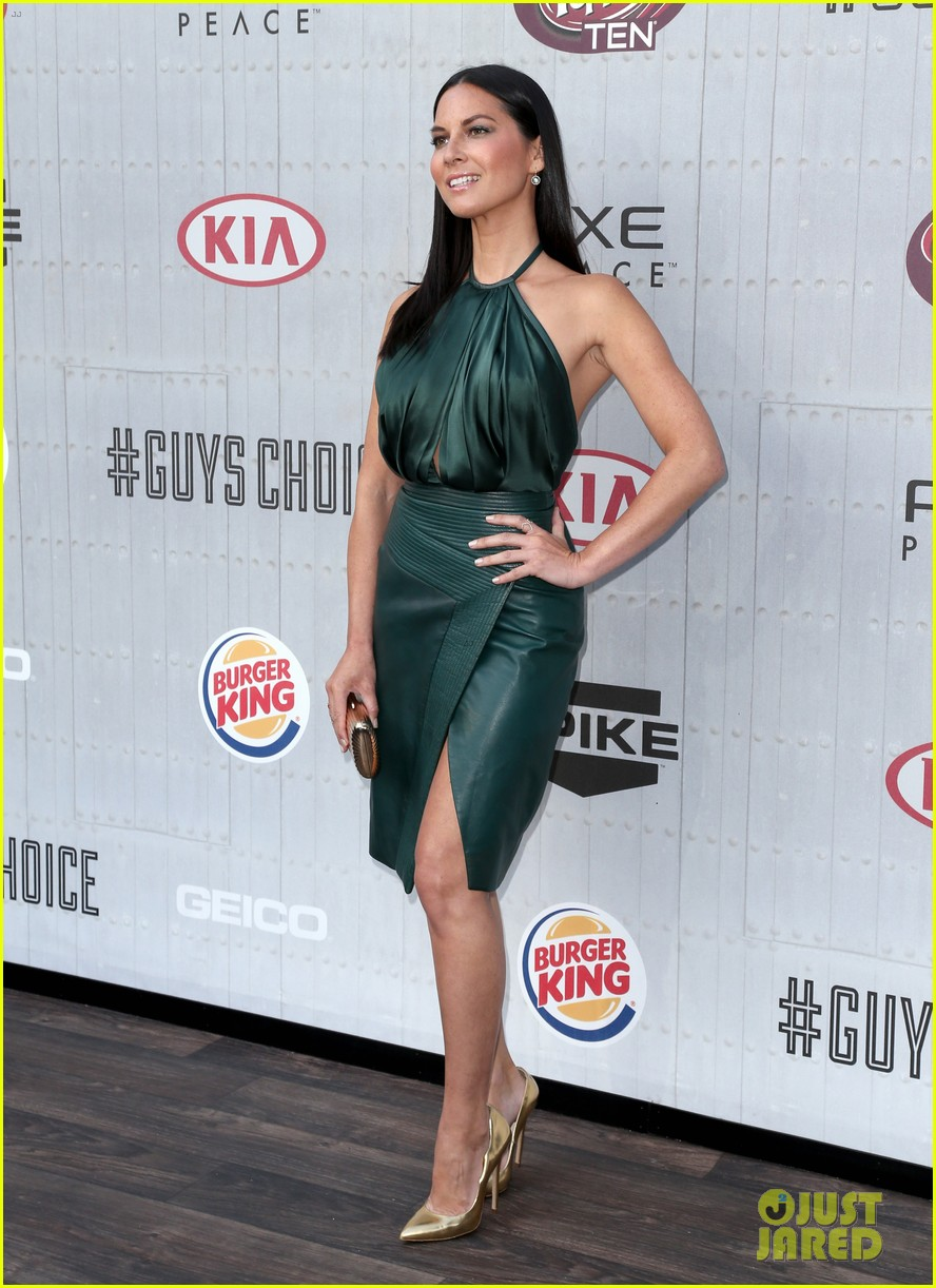 olivia munn rosario dawson guys choice awards 2014 203130705