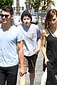 nick jonas joe jonas blanda hugos lunch 01