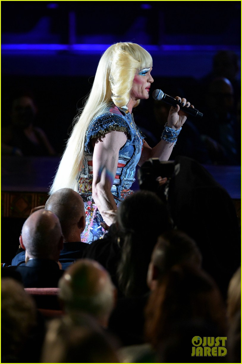 neil patrick harris sugar daddy hedwig angry inch tony awards 2014 performance 063131395