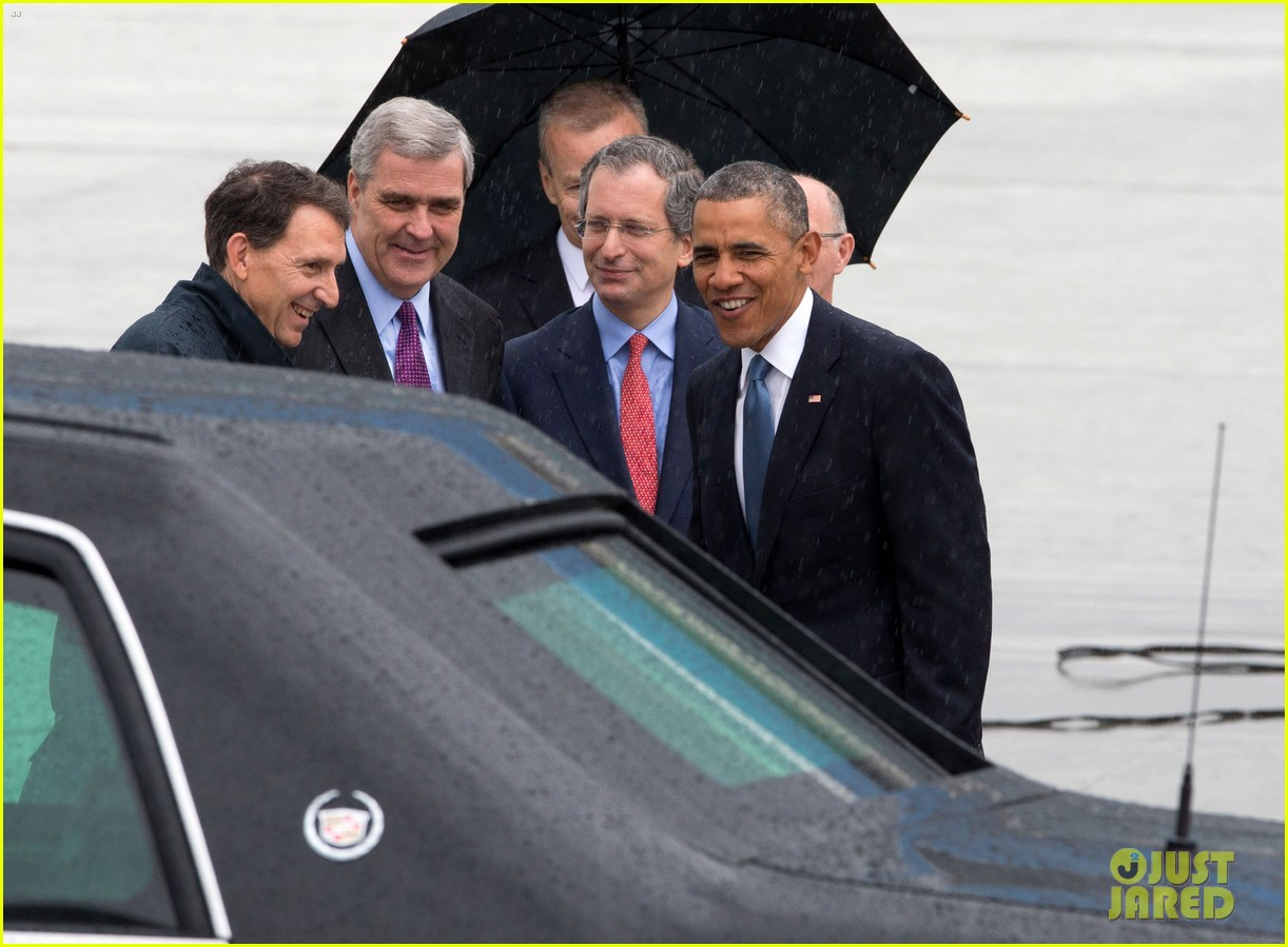 barack obama arrives in brrussels amid calls for impeachment 10