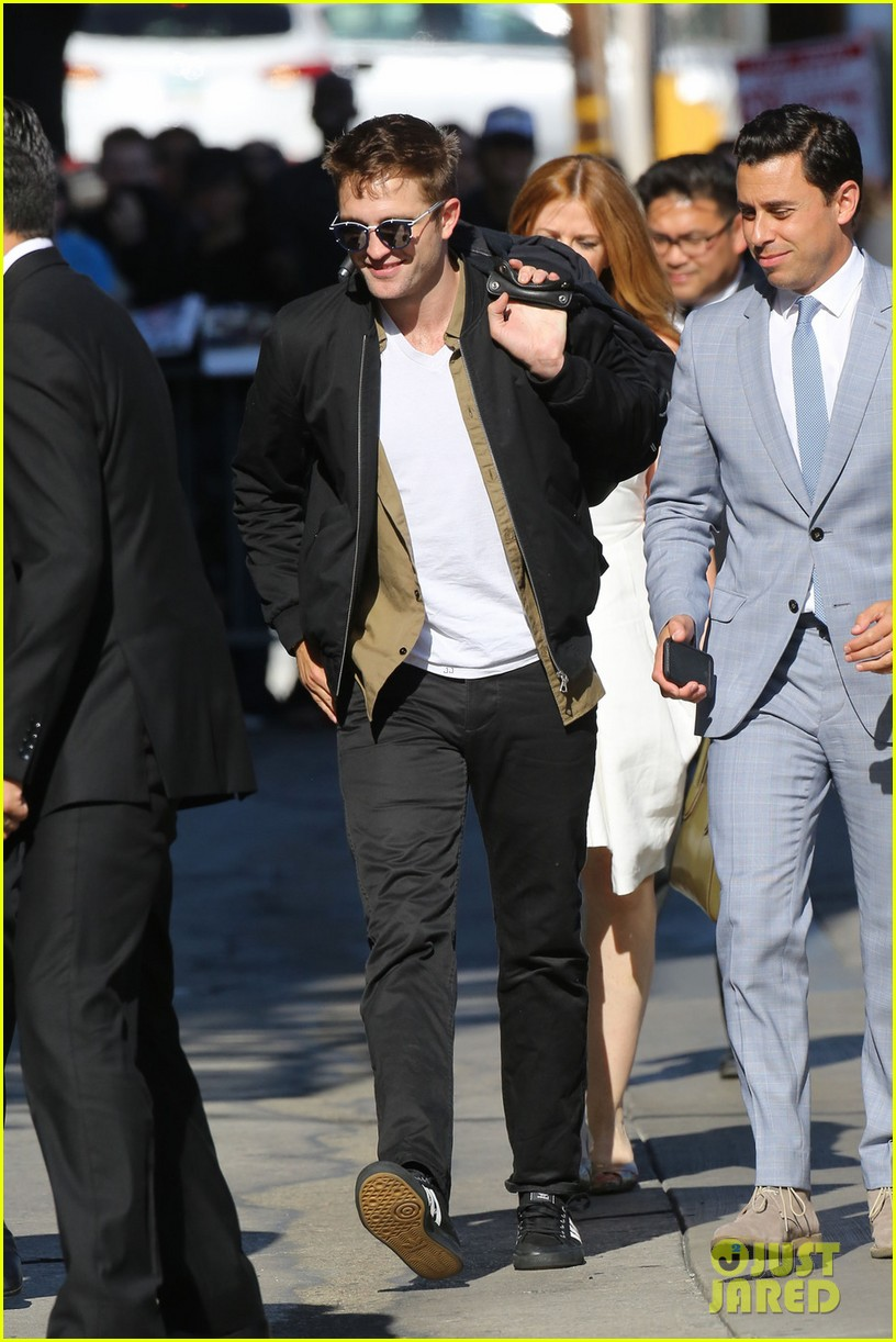 robert pattinson unusual diet for the rover 033134233