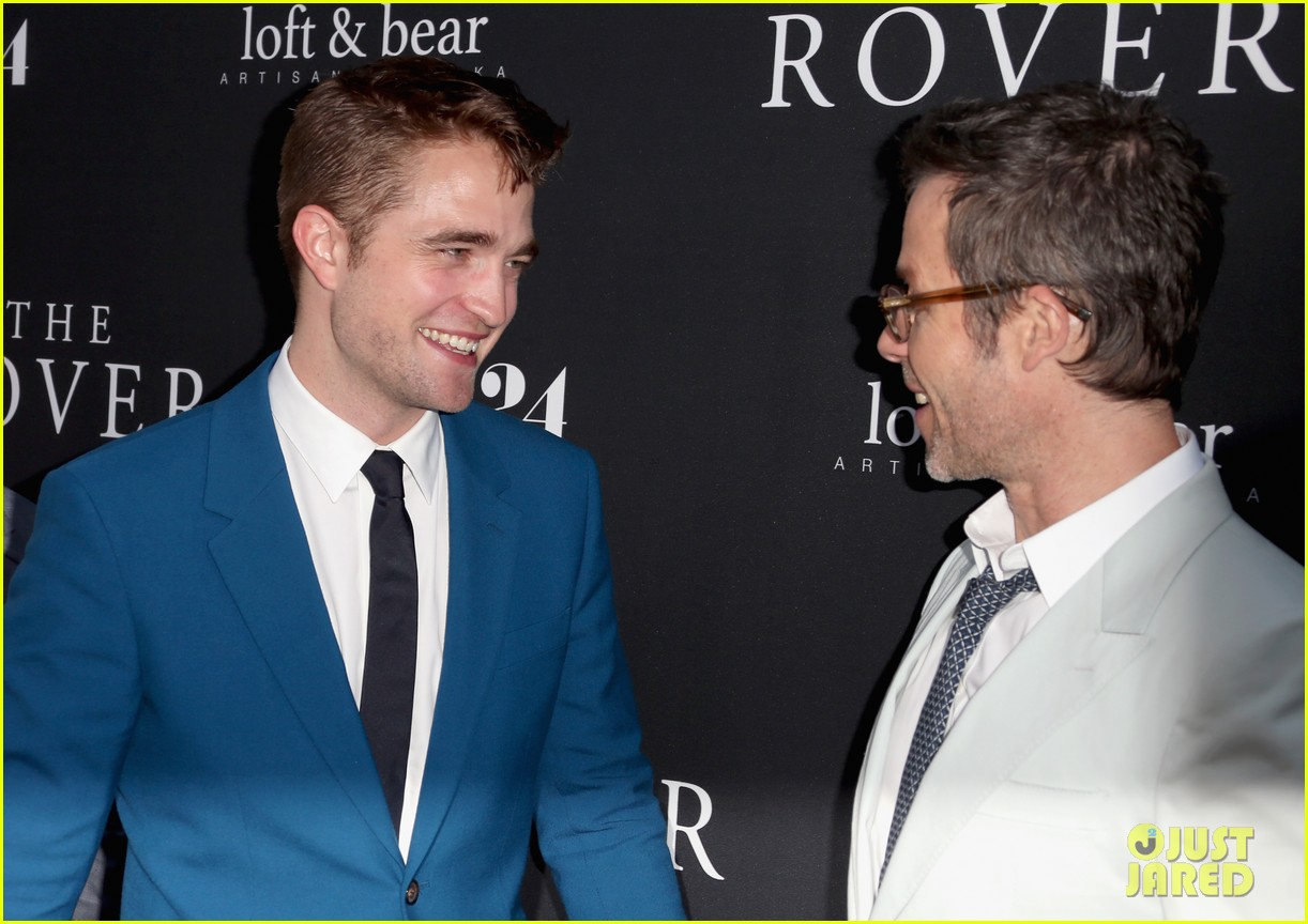 robert pattinson guy pearce rover hollywood premiere 133134365