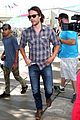 chris pine taylor kitsch give us eye candy at kings game 05