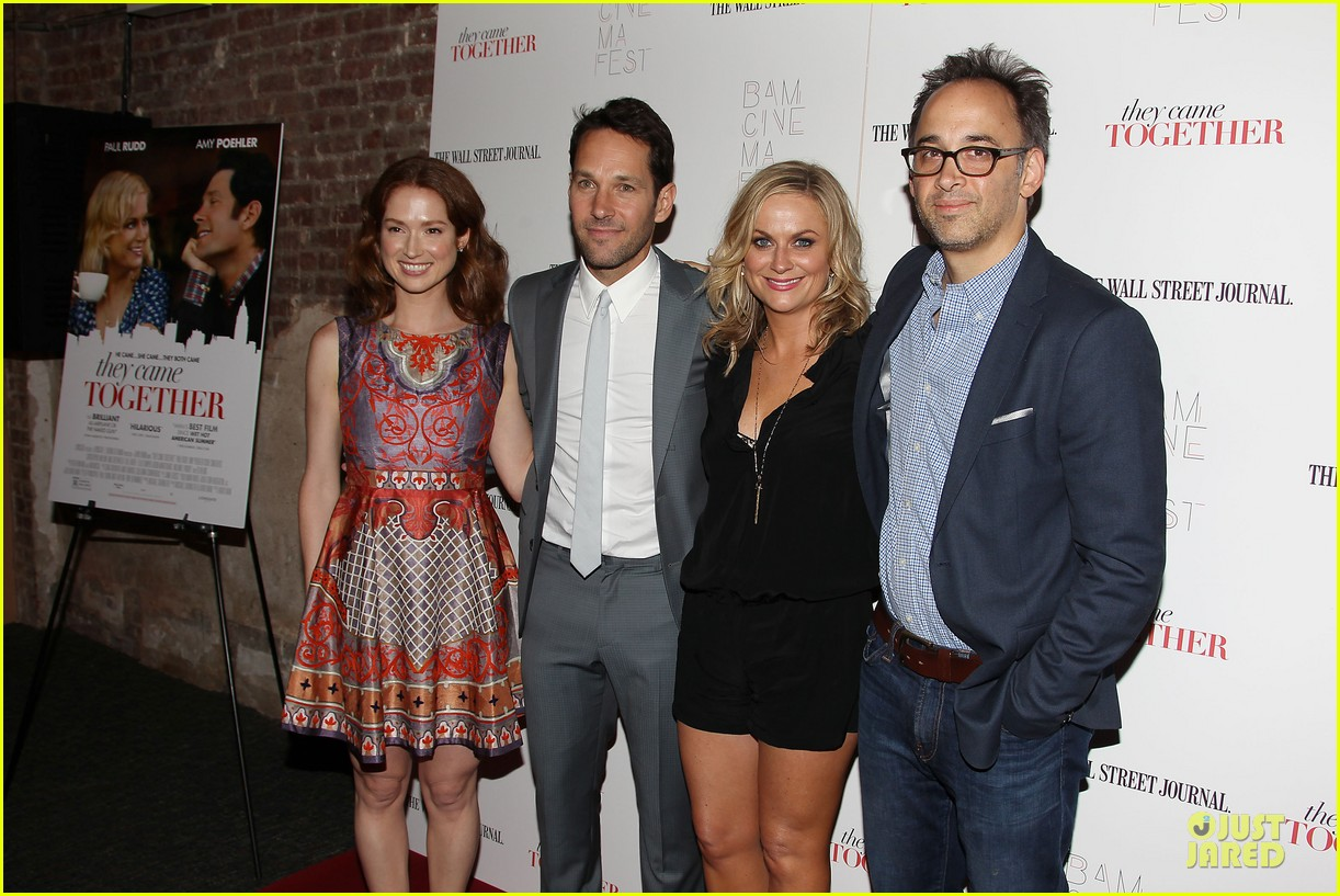 amy poehler paul rudd they came together in nyc 35