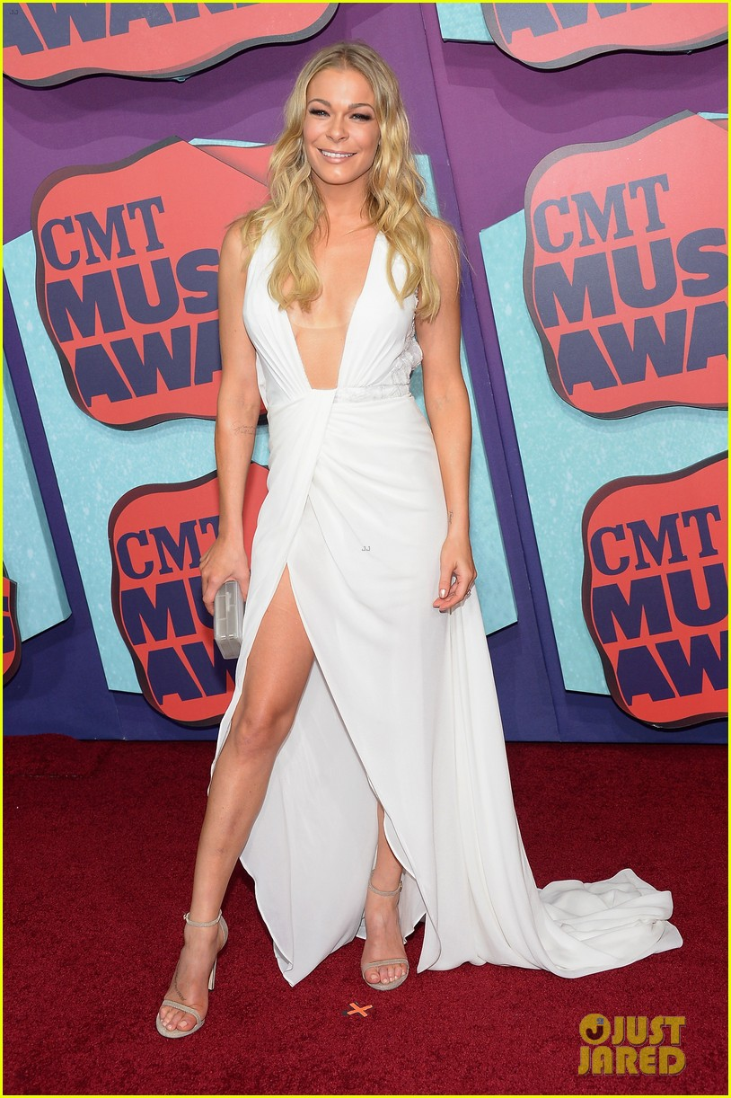 leann rimes cmt music awards 2014 053128365