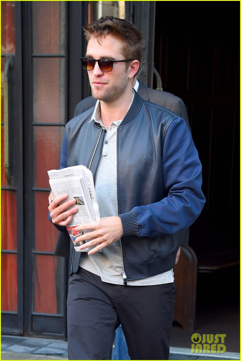 robert pattinson the rover good morning america 073137167