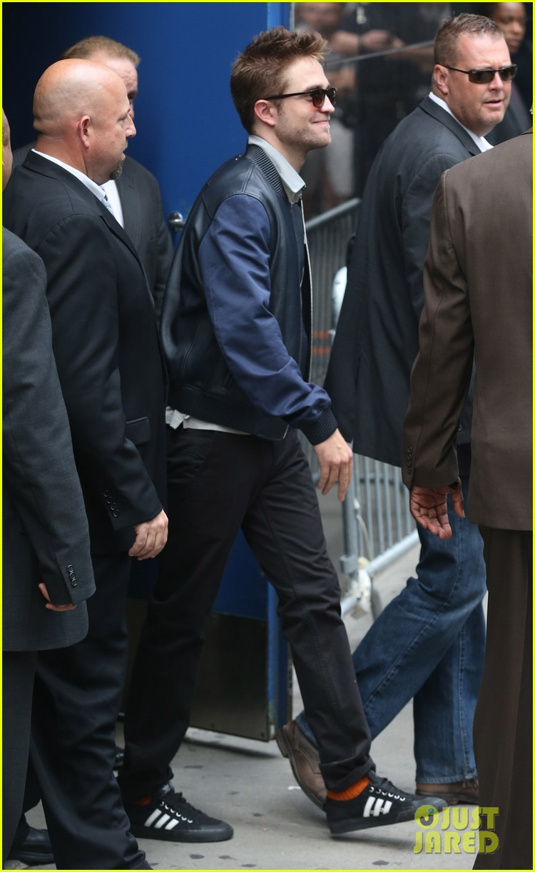 robert pattinson the rover good morning america 223137182