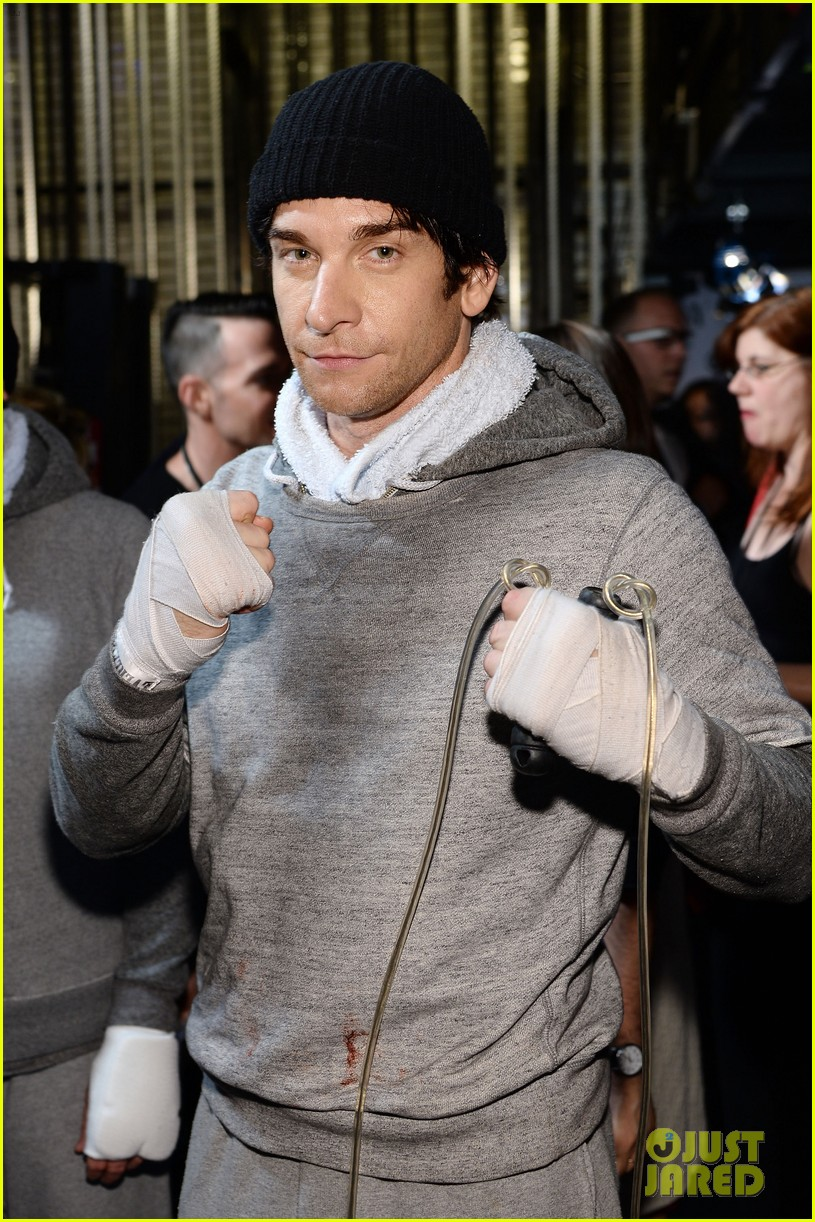 rocky andy karl tony awards 2014 013131368
