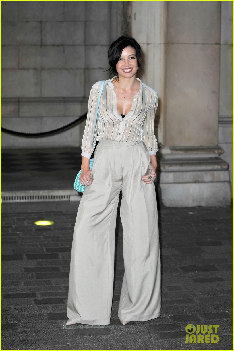 liberty ross daisy lowe keep it classy at royal academy summer exhibition 03
