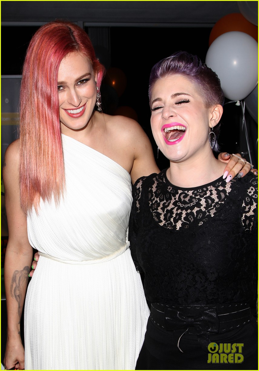 rumer willis performs trevor project prom 2014 173125830