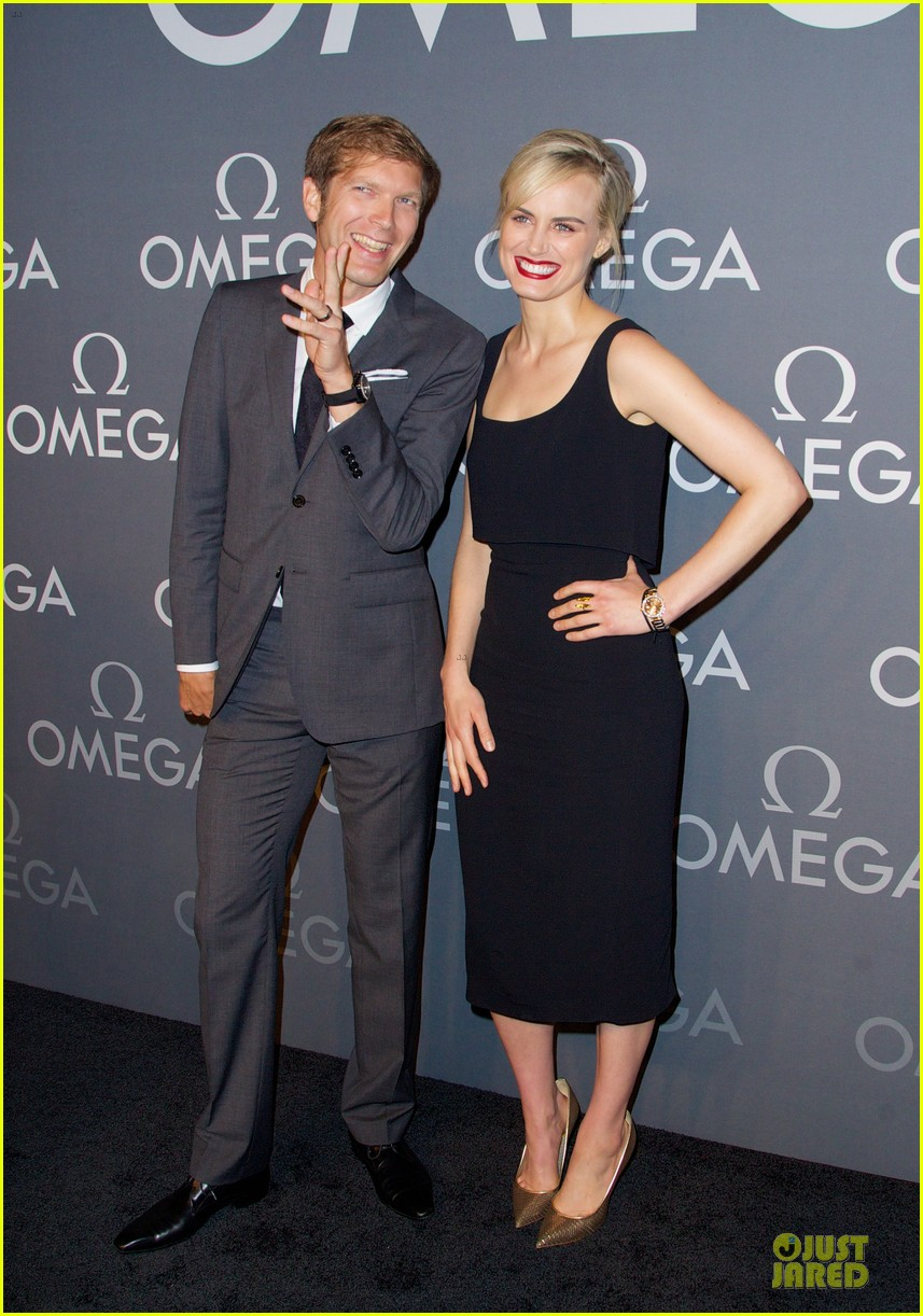 taylor schilling jaime king hang out omega event 20