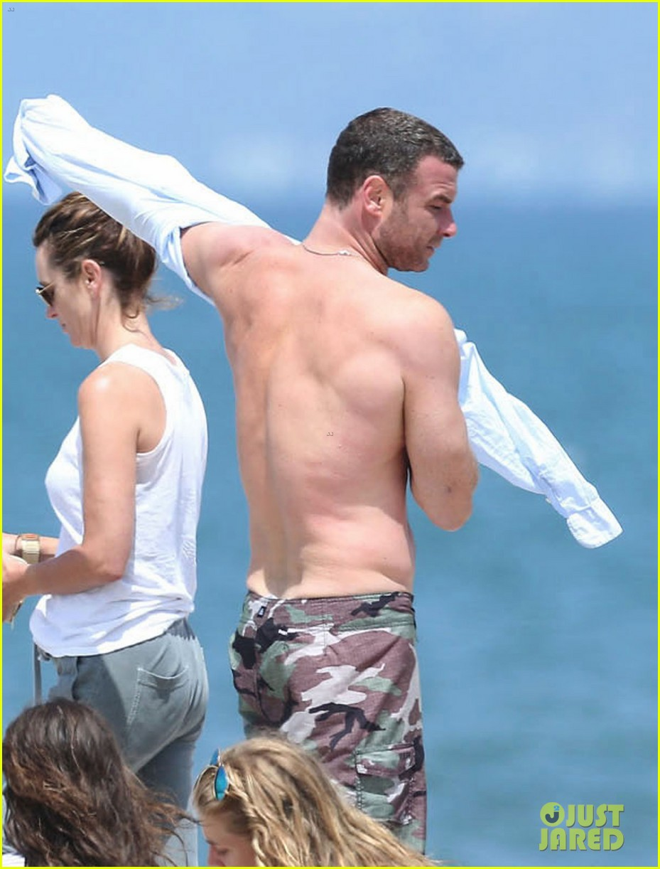 liev schreiber shirtless beach fathers day 22