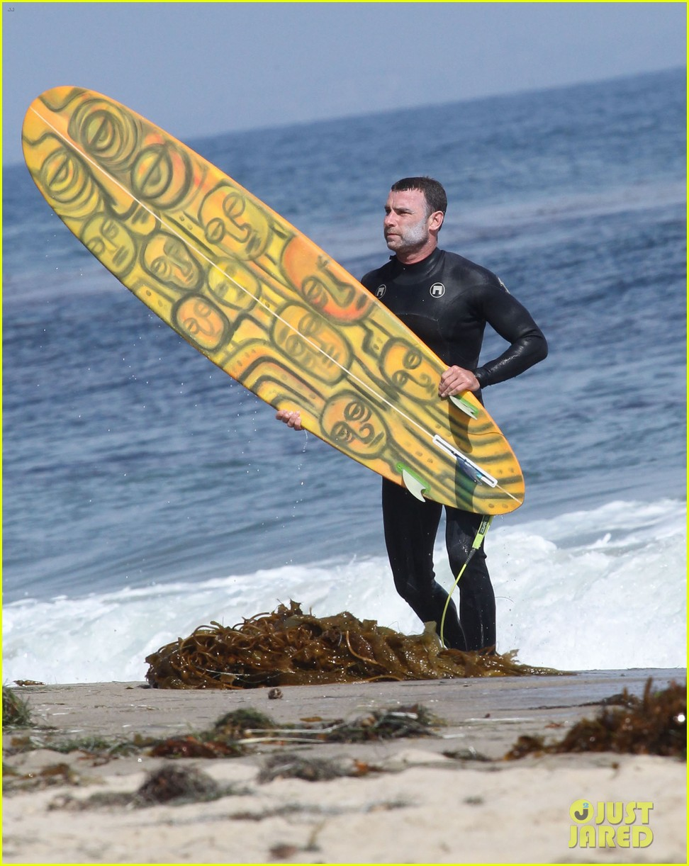 liev schreiber legs complimented by ang lee 213141729