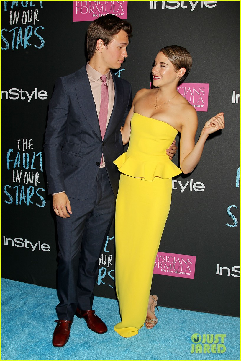 shailene woodley fault in our stars nyc premiere 223126868
