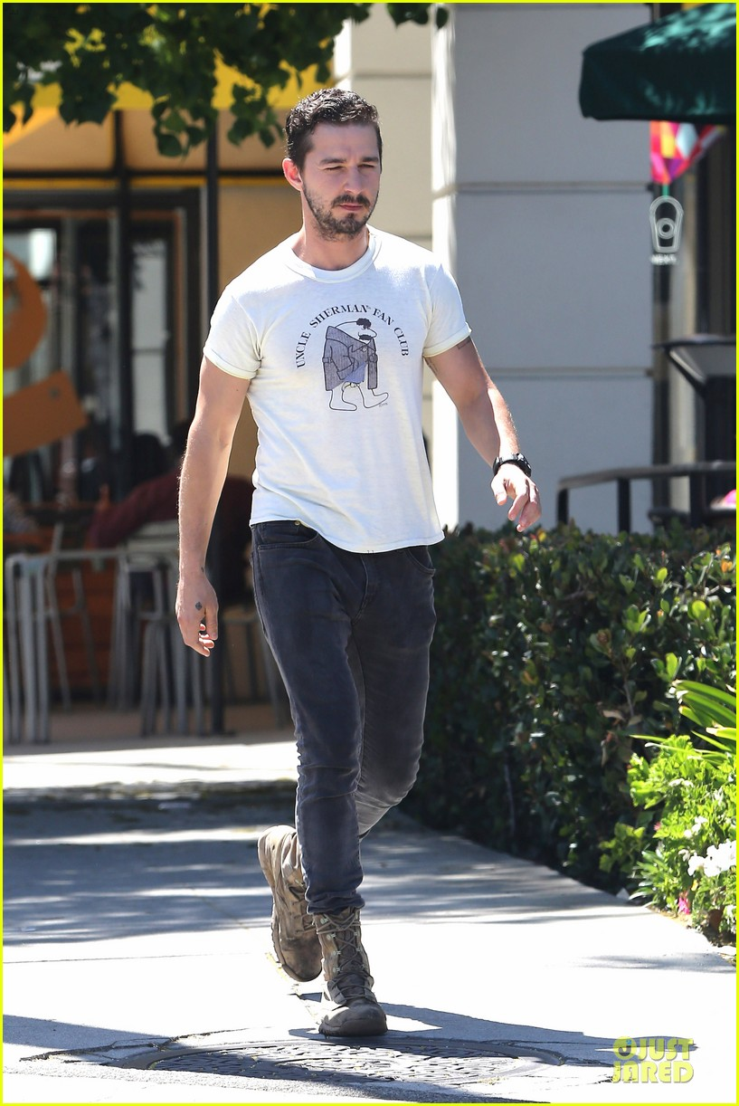 shia labeouf makes us notice flashing uncle sherman 03