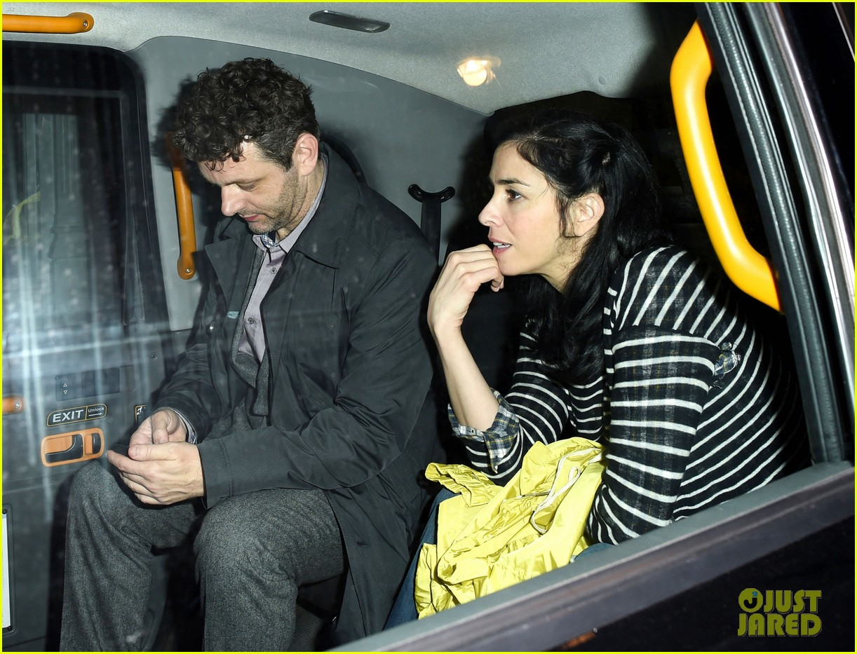 sarah silverman watches boyfriend michael sheen have sex all the time on tv 02