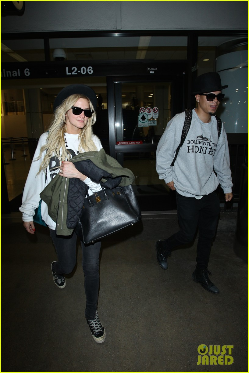 ashlee simpson evan ross say goodbye to new york city 15