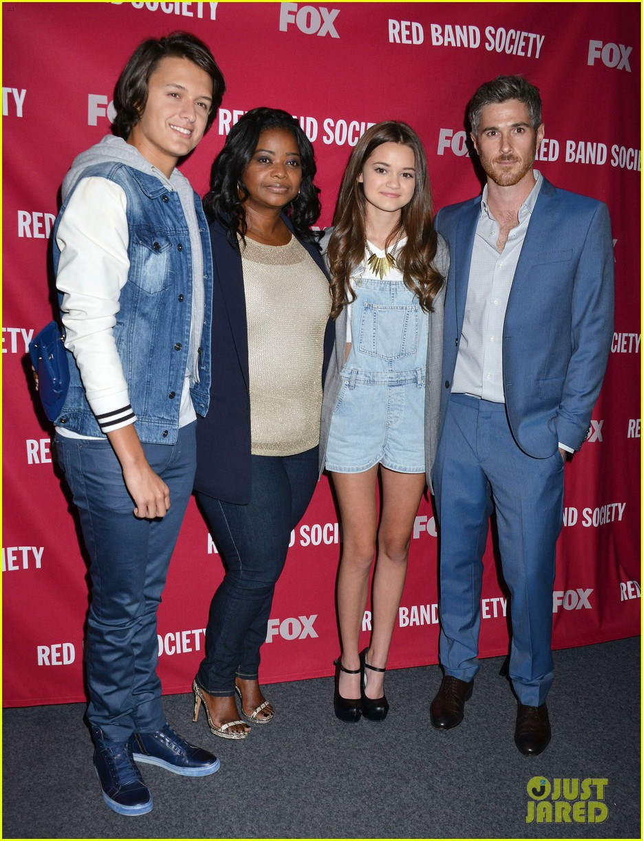 octavia spencer joins red band society cast at special l a screening 013143665