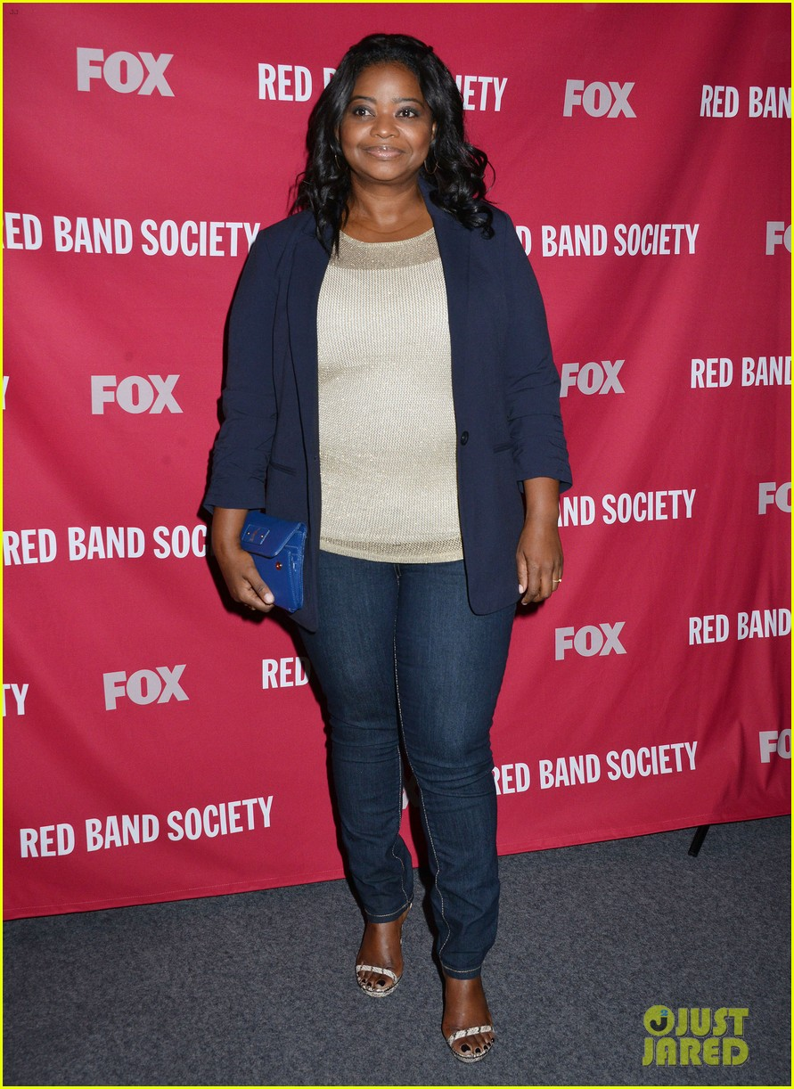 octavia spencer joins red band society cast at special l a screening 133143677