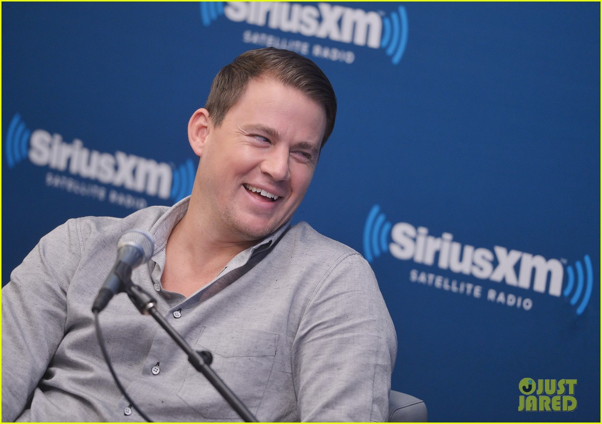 channing tatum joins jonah hill for 22 jump street press 13