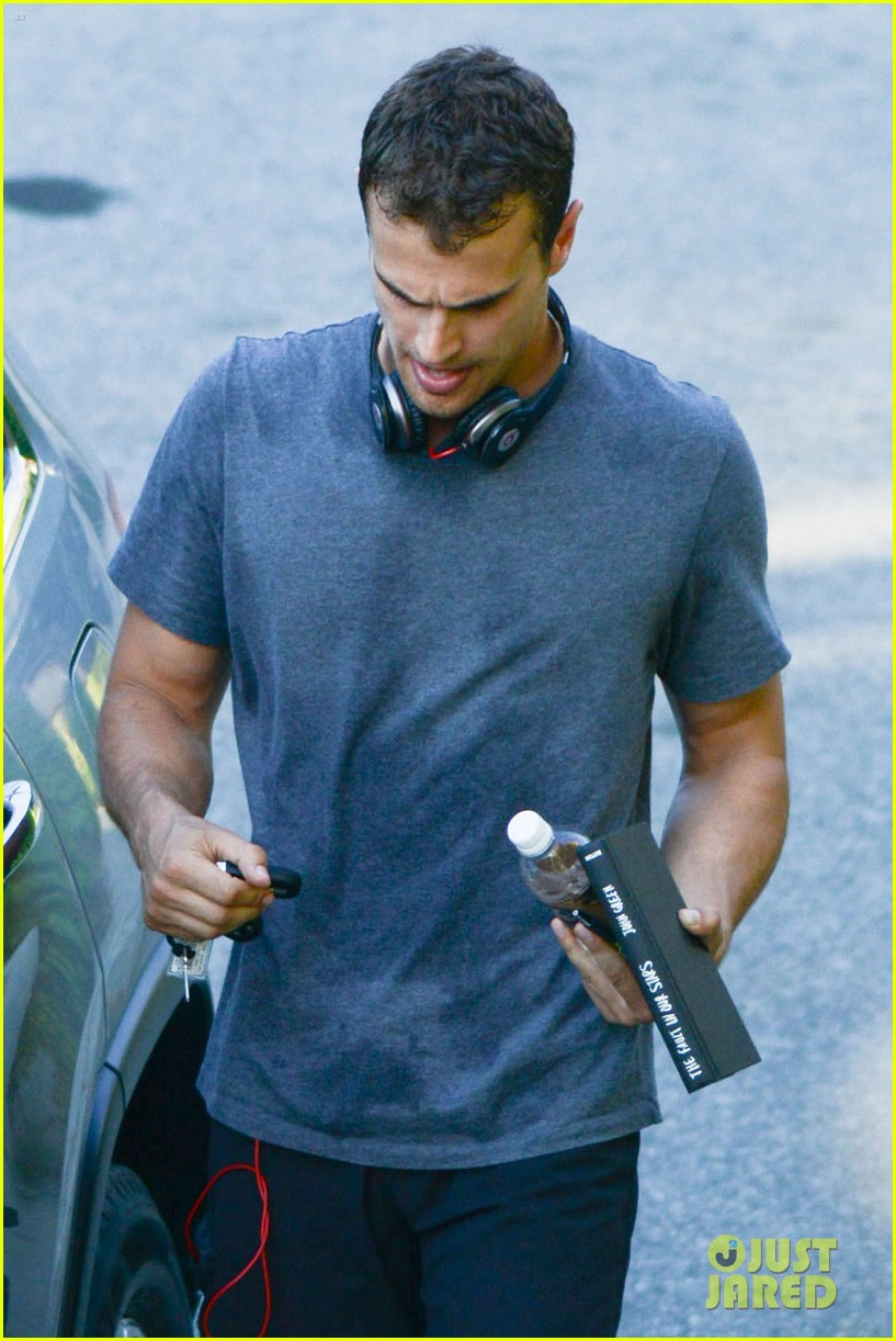 theo james reads tfios miles teller workout 04