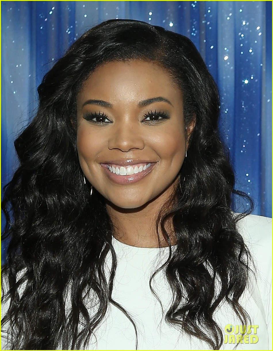 gabrielle union meagan good are fierce ladies at think like a man too 09