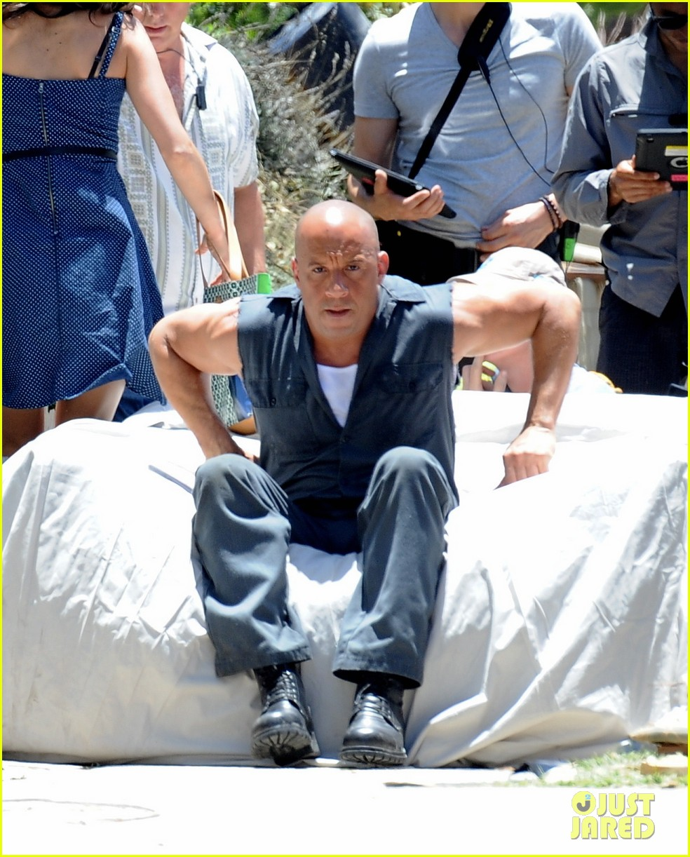 vin diesel does some fiery stunt work for fast furious 7 04