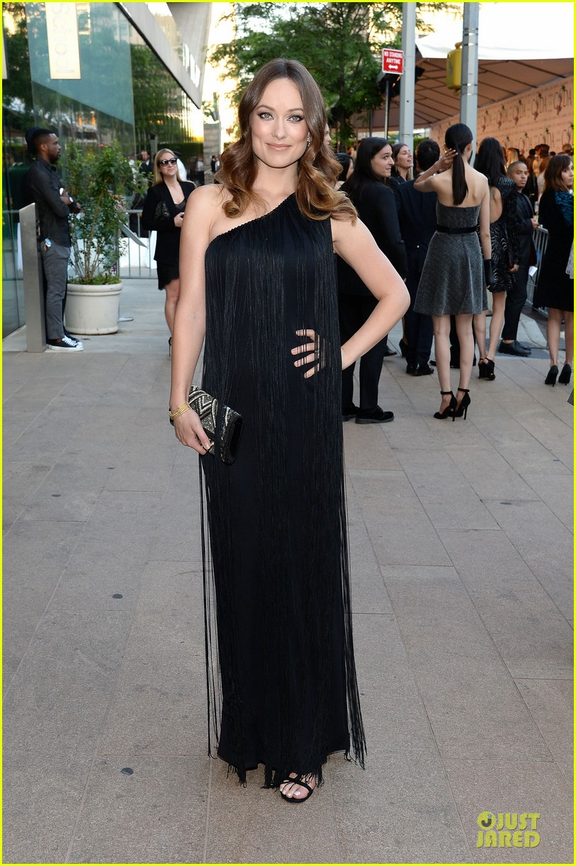 olivia wilde keri russell black at cfda awards 2014 01