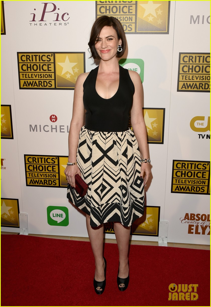 bellamy young wins at critics choice tv awards 2014 12