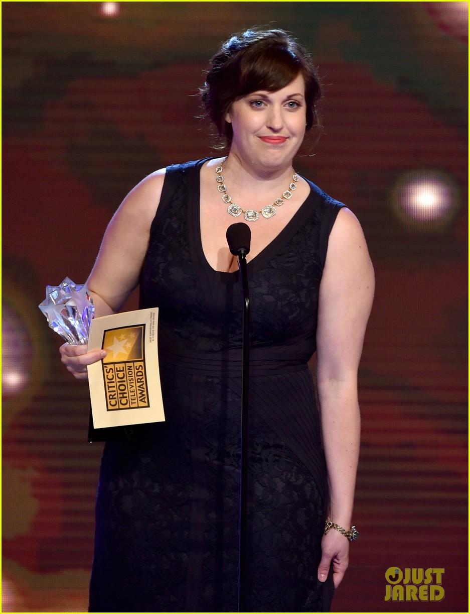 bellamy young wins at critics choice tv awards 2014 253139423