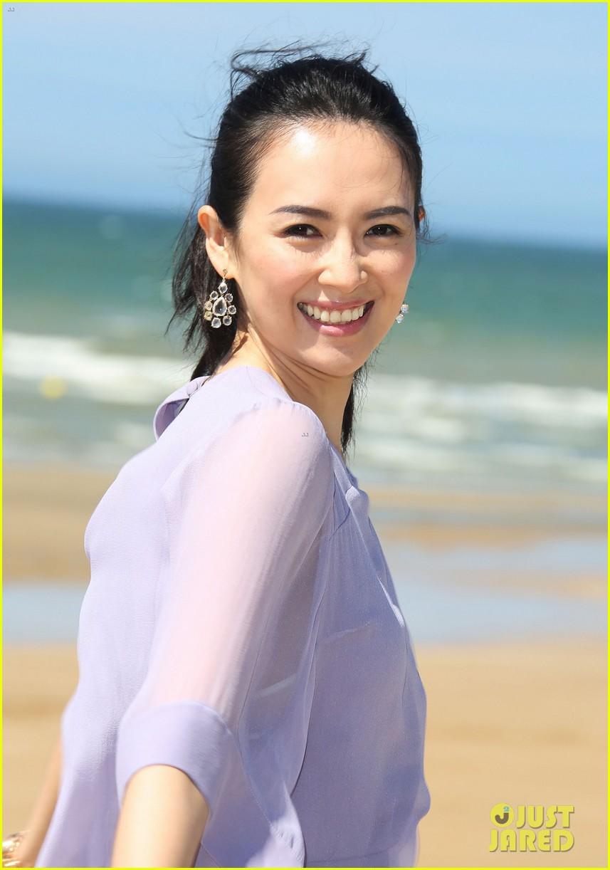 zhang ziyi cabourg film festival beach 09